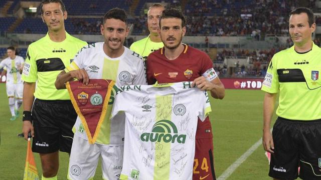 Em amistoso no Olímpico, Roma ganha da Chapecoense por 4 a 1