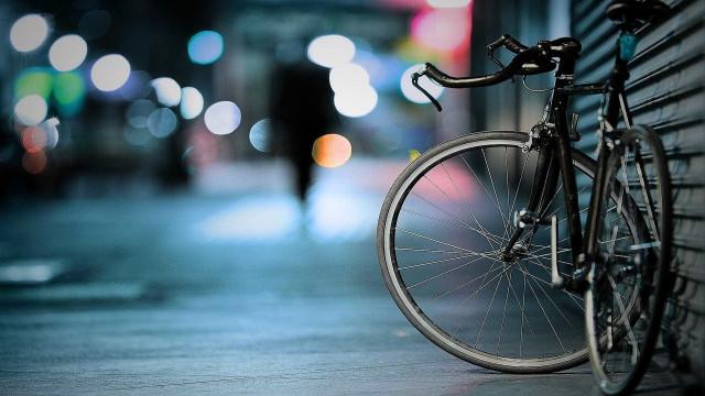 Filha denuncia homem que atropelou e arrastou ciclista em Osasco