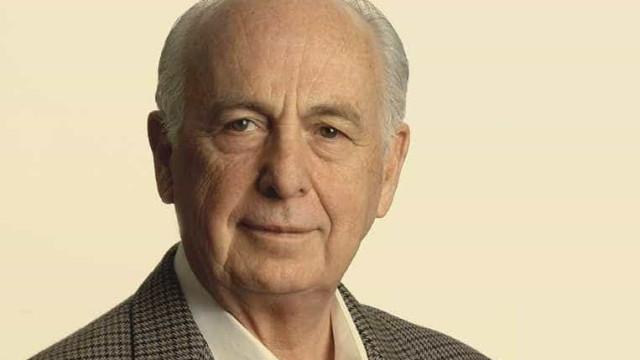 Privatizações fazem o Brasil empobrecer, diz Bresser