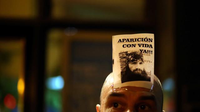 Incidentes entre manifestantes e polícia em protesto na Argentina