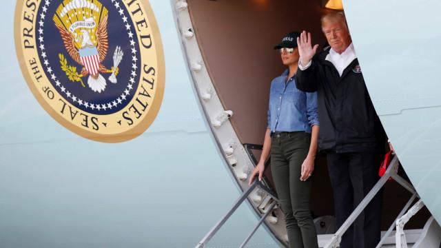 Trump visita cidade afetada por Harvey: 'EUA estão com você'