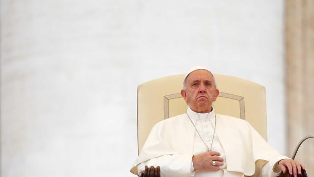 Papa pede a religiosos sul-coreanos que promovam a paz