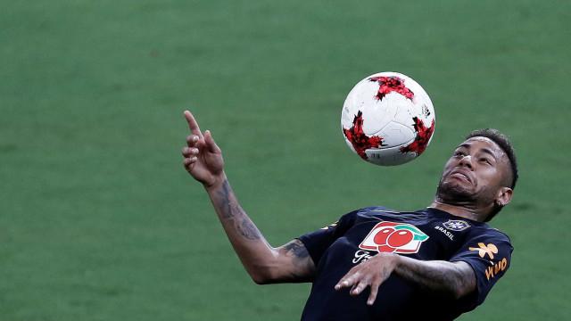 Tite estuda como dar 'conforto' a Neymar nas partidas pela seleção