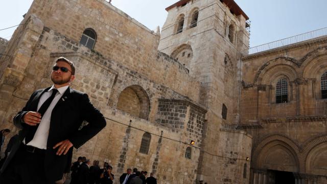 Cristãos de Jerusalém acusam Israel de confiscar igrejas