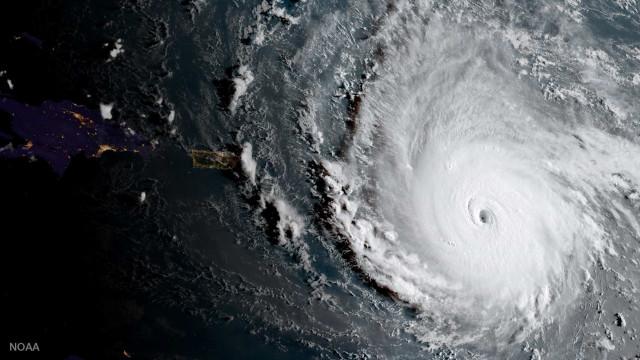Furacão Irma: autoridades ordenam saída de turistas de Key West