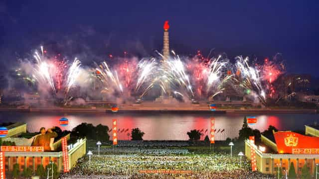 Coreia do Norte faz festa nas ruas para celebrar teste nuclear
