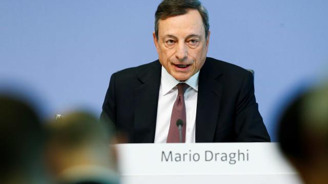 BCE mantém taxas básicas e aumenta previsão de crescimento