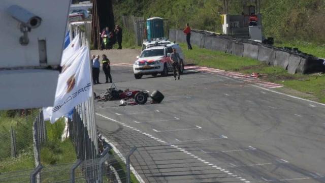 Piloto morre em competição com carros históricos da Fórmula 1