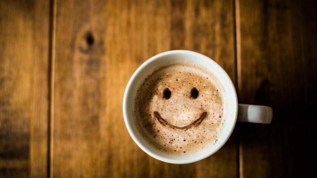 Vício em café pode provocar refluxo gástrico, diz especialista