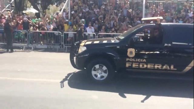 Polícia Federal é ovacionada no desfile de 7 de setembro em Brasília