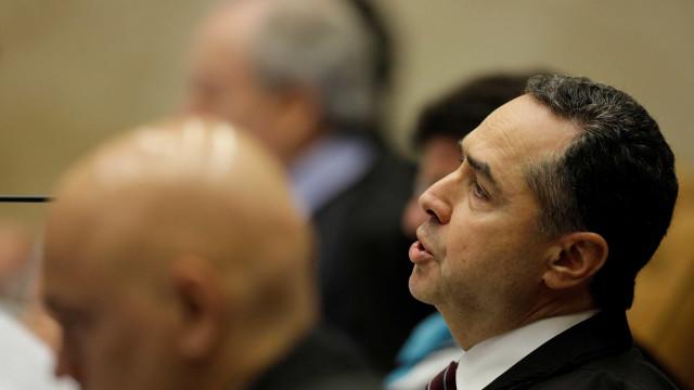 Barroso rebate Gilmar: 'Não troco mensagens amistosas com réus'