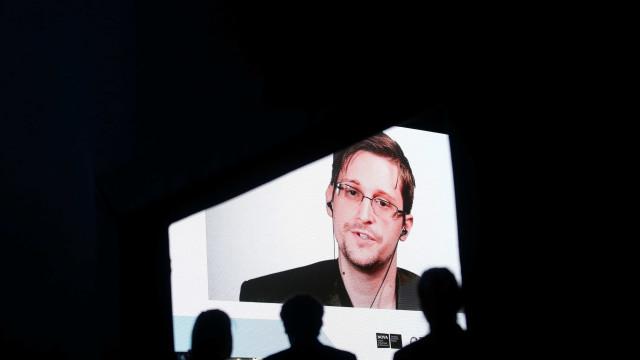 Snowden sabe quem esteve por trás de ciberataque contra Hillary Clinton