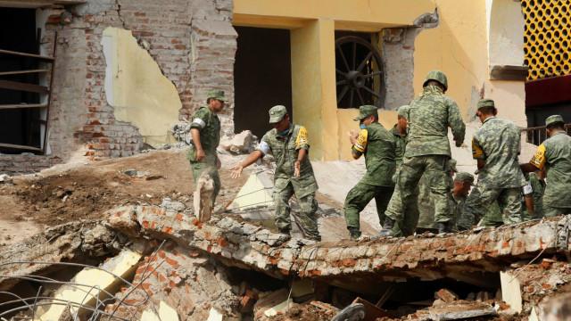 México decreta luto de três dias após terremoto