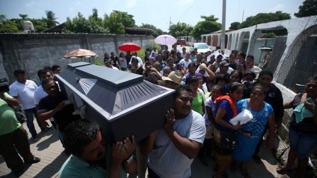 Vítimas fatais chegam a 64 após terremoto no México