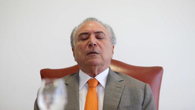 Michel Temer deve ser internado mais uma vez, diz colunista