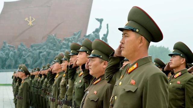 Coreia do Norte reforça defesa após sobrevoo de aviões dos EUA
