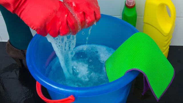 Produtos de limpeza podem aumentar risco de doença pulmonar, diz estudo