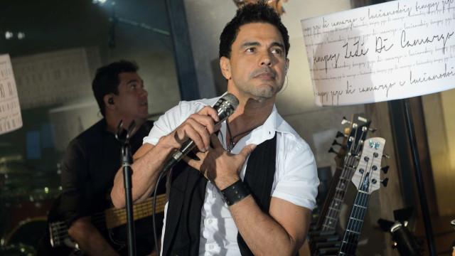 Zezé Di Camargo esbanja confiança ao falar de seus 'atributos'