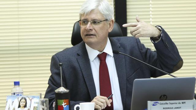 Advogados criticam Janot: acusação contra Temer não tem fundamentos
