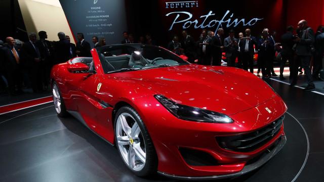 Ferrari Portofino é apresentada no Salão de Frankfurt