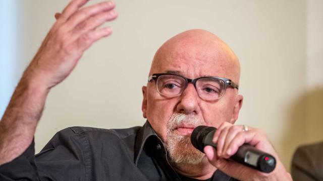 Paulo Coelho se irrita com jornalista espanhola