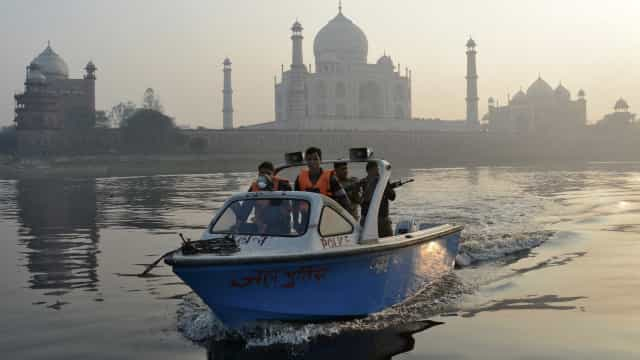 Naufrágio na Índia deixa 19 mortos e 10 desaparecidos
