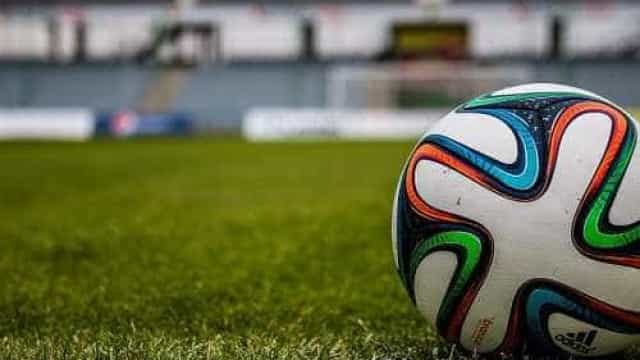 Lazio vence por 1 a 0 e vai à semi da Copa da Itália