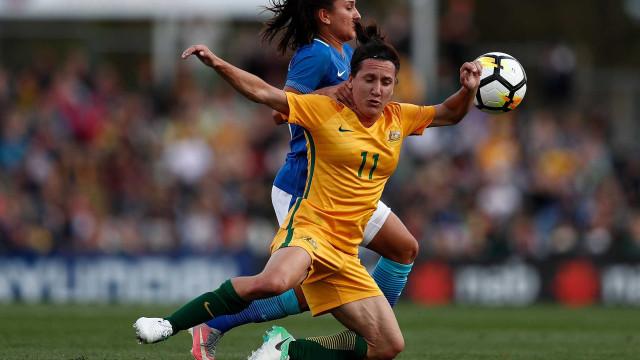 Seleção feminina de futebol perde para a Austrália por 2 a 1