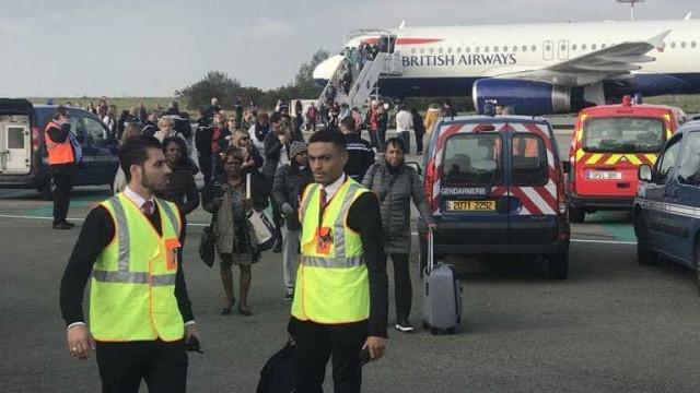 Avião da British Airways é retido em Paris por 'ameaça à segurança'
