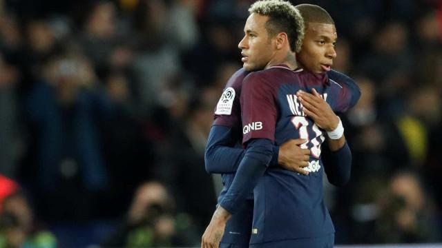 Neymar não brilha, mas PSG consegue vencer o Lyon por 2 a 0