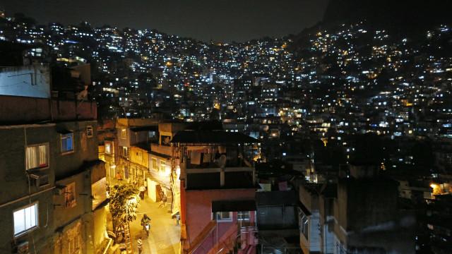 PF descobre mansão luxuosa de Rogério 157, na Rocinha