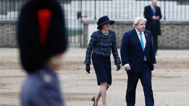 Johnson diz que renuncia caso May for contra suas demandas no Brexit