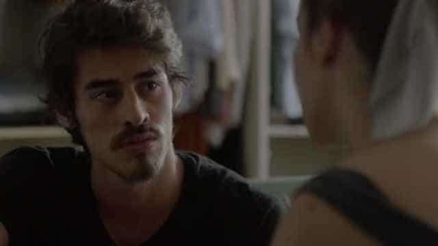 Após fracassar em novela da Globo, ator muda de nome e ressurge na MTV