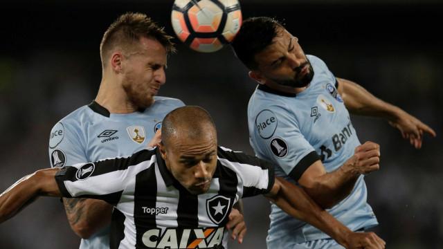 Brasileiros decidem vaga na Libertadores; leia mais sobre a rodada
