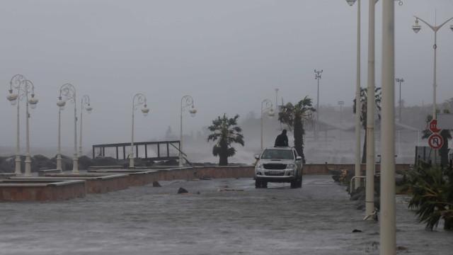 Após devastar Dominica, Maria chega à Guadalupe e causa 1ª morte