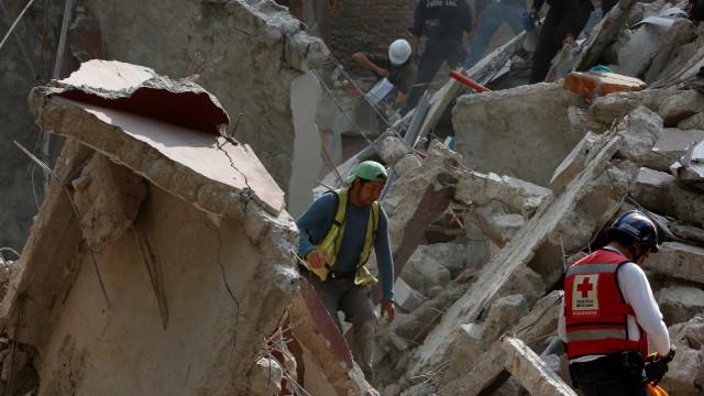 Terremoto no México: mais de 130 mortes foram confirmadas