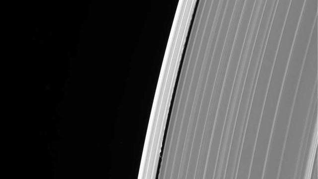 Última fotografia de Saturno tirada pela Cassini esconde mistério