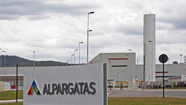 J&F conclui a venda da Alpargatas por R$ 3,5 bilhões