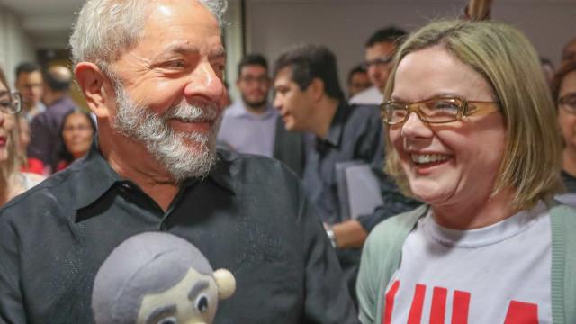 'Estamos convictos de que Lula será nosso candidato', diz Gleisi