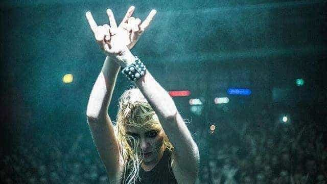 Taylor Momsen fala sobre ausência da The Pretty Reckless no Rock in Rio