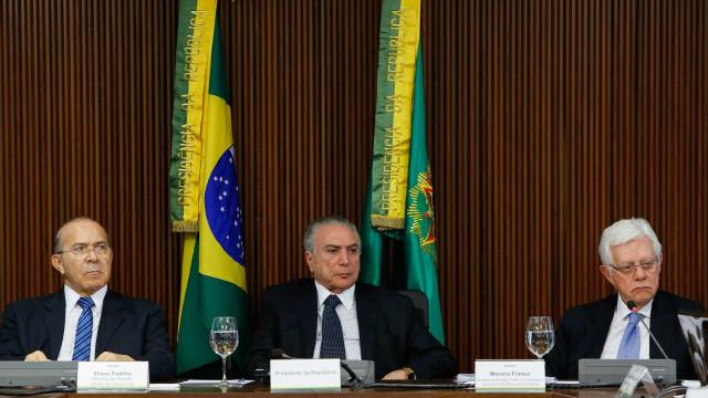 Denúncias contra Temer, Padilha e Moreira serão analisadas juntas