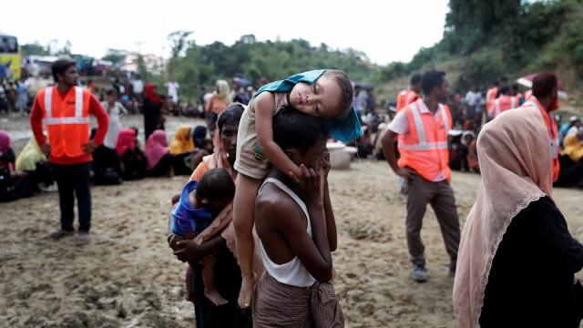 Mianmar usa minas contra minoria, diz Bangladesh