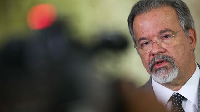 Jungmann defende permanência das Forças Armadas no Rio após 2018