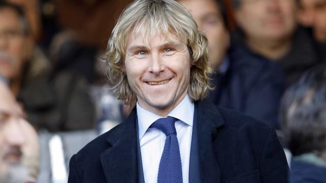 Aos 45 anos, ex-craque da Juventus anuncia volta aos gramados