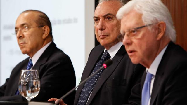 PF pede prorrogação de inquérito contra Temer, Padilha e Franco
