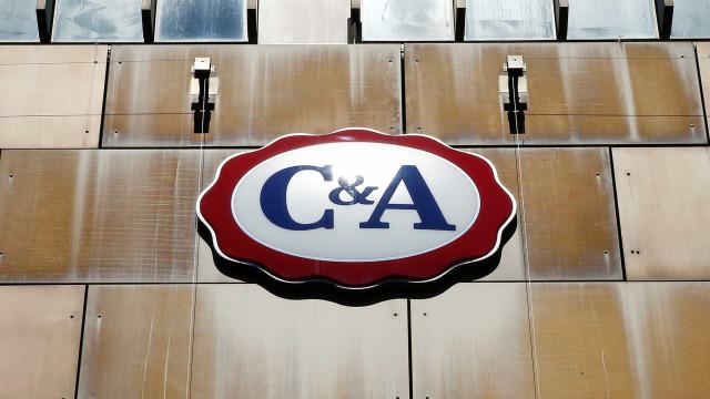 Funcionários da C&A vendem dados bancários de clientes na web, diz site