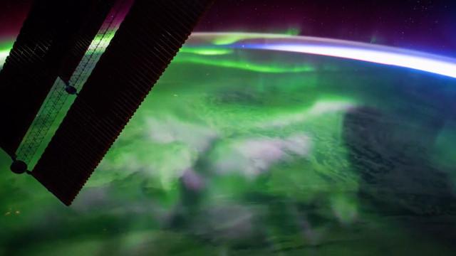 ESA divulga vídeo da aurora boreal vista da Estação Espacial
