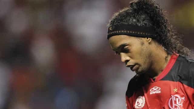 Flamengo perde ação de R$ 2 milhões para irmão de Ronaldinho Gaúcho