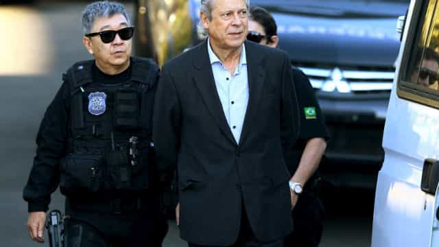 TRF4 nega embargos de Dirceu, que pode voltar a ser preso