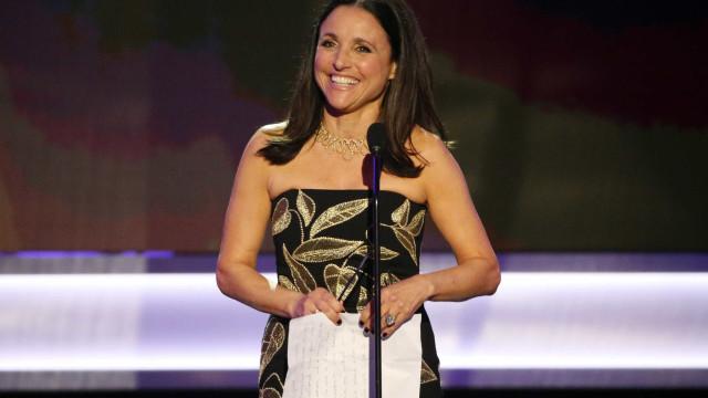 Julia Louis-Dreyfus, de 'Seinfeld', divulga que tem câncer de mama